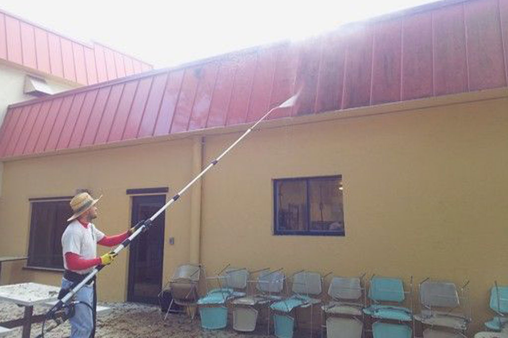 Low Pressure Chemical Washing - Sanchez Windows Cleaning Miami