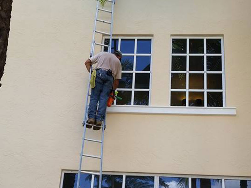 Residential Windows Cleaning Services - Sanchez Windows Cleaning