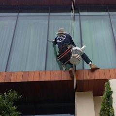 High Rise Window Cleaning Miami